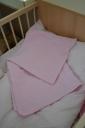Rózsaszín szivecskés takaró párnahuzattal